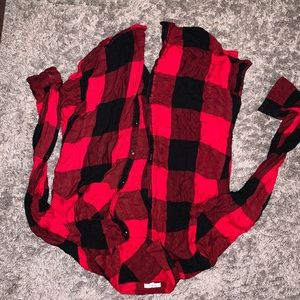 SIZE MEDIUM PLAID SHIRT